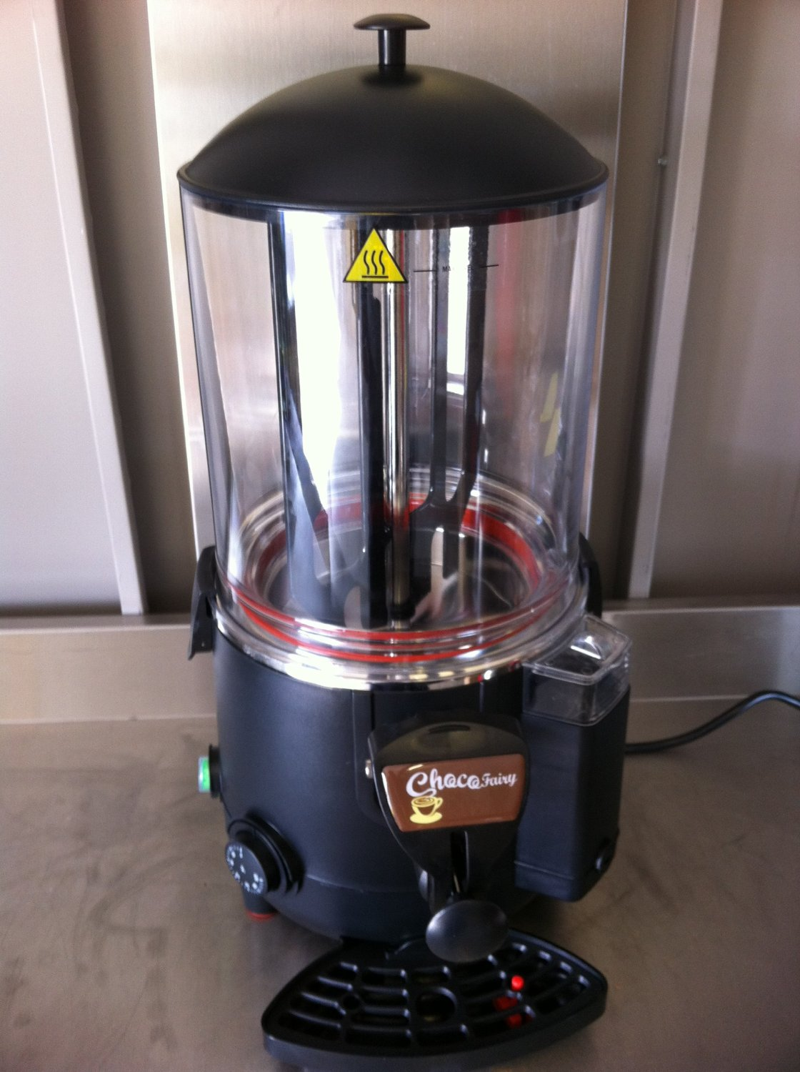 Hot Chocolate Machine - Drinking chocolate makers for the home